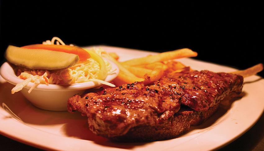 Apollo-Restaurant-Sudbury-Ontario-Steak-Sandwich-Fries-Lunch-Menu