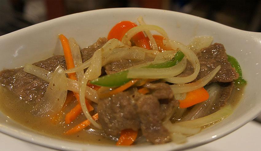 azian-restaurant-sudbury-ontario-asian-food-sushi-japanese-thai-vietnamese-chinese-beef-vegetables