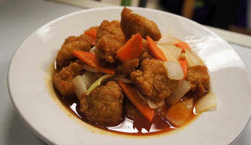 azian-restaurant-sudbury-ontario-asian-food-sushi-japanese-thai-vietnamese-chinese-chicken-vegetables
