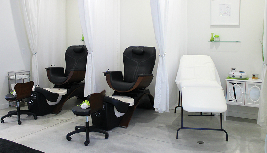 DeSimone-Shoes-and-Spa-Sudbury-Ontario-Spa-Treatment-Area-Pedicures