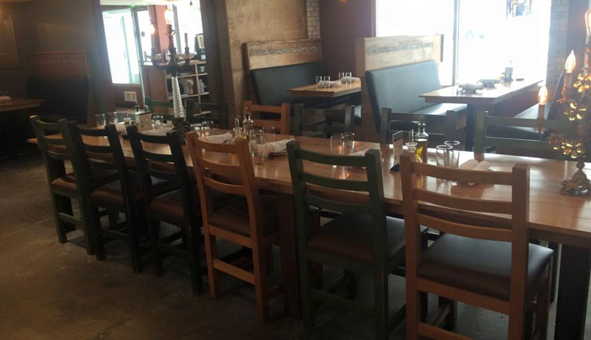 Di-Gusto-Restaurant-Sudbury-Ontario-Dining-Area