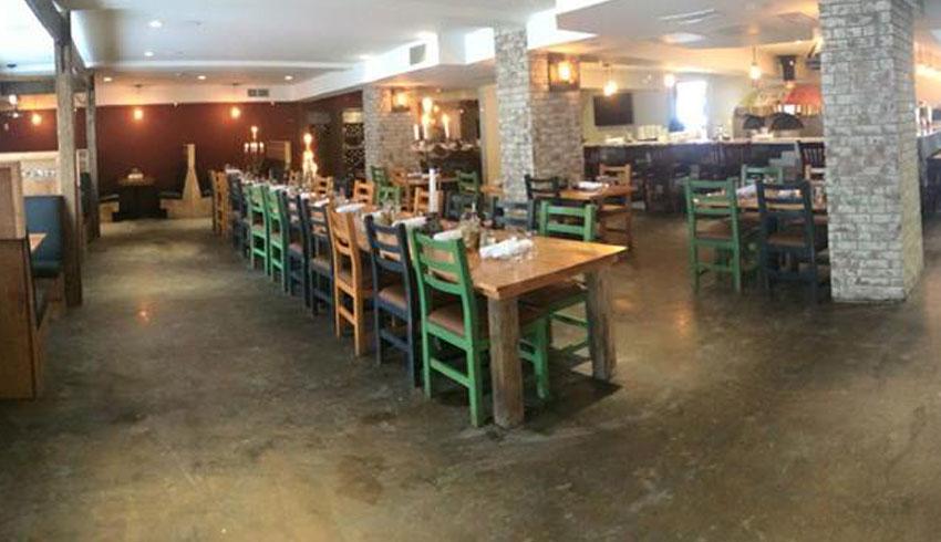 Di-Gusto-Restaurant-Sudbury-Ontario-Dining-Room