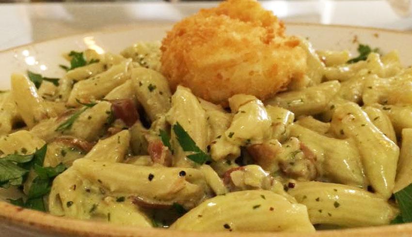 Di-Gusto-Restaurant-Sudbury-Ontario-Penne-Rustica-Pasta