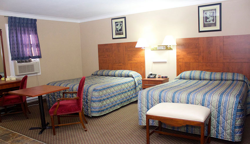 Moonlight-Inn-Suites-Sudbury-Ontario-Hotels-Motels-Accommodations-Double-Room