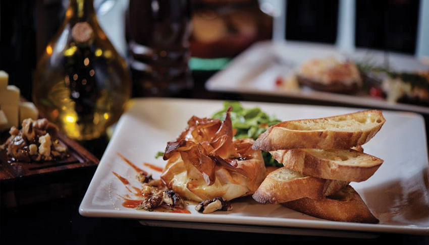 P&M-Kouzzina-Sudbury-Ontario-Mediterranean-Cuisine-Italian-Restaurant-Appetizers