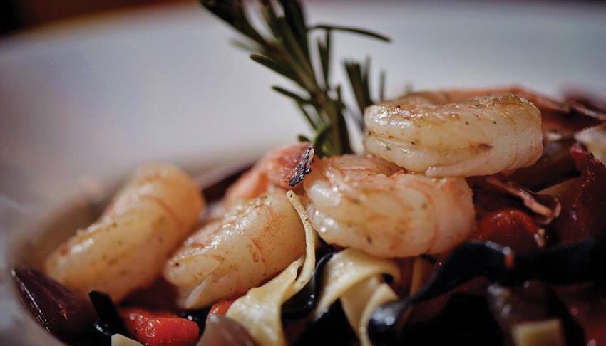 P&M-Kouzzina-Sudbury-Ontario-Mediterranean-Cuisine-Italian-Restaurant-Shrimp-Pasta