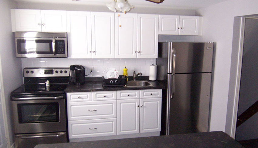 Prep-N-Sell-Reno-Magic-Sudbury-Ontario-Kitchen-Makeover-Kitchen-Remodelling-Cabinets