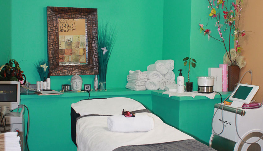Serendipity-Day-Spa-on-Durham-Sudbury-Ontario-Treatment-Spa-Room