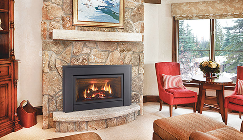 sudbury-hearth-home-sudbury-ontario-kitchen-stone-fireplace-cozy-rustic